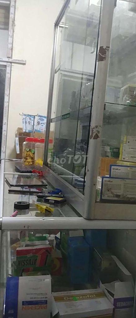 0917211099 - Thanh lý 6 tủ kính quầy thuốc