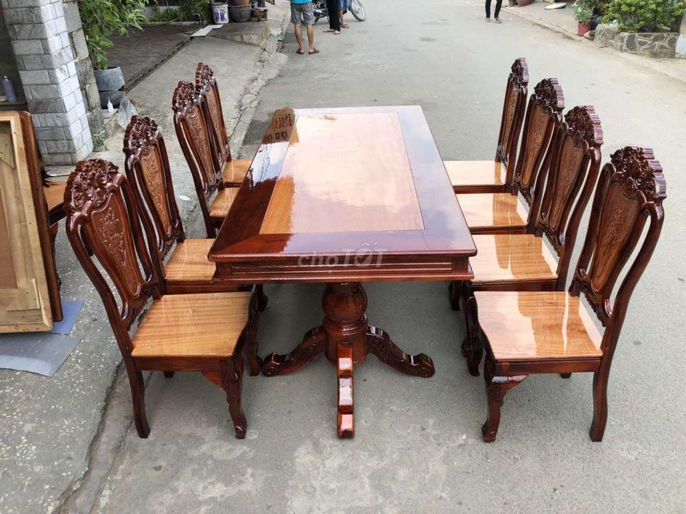 Bàn ăn 8 ghế gỗ xoan đào