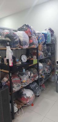 Sang tiệm giặt ủi lý thánh Tông