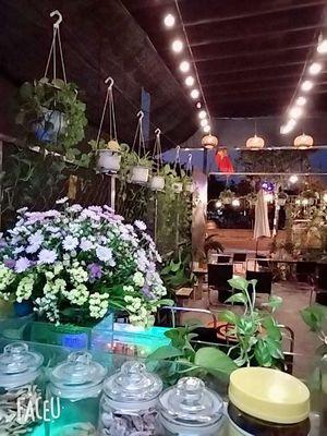 Sang quán cafe mặt tiền đường Phạm Văn Đồng