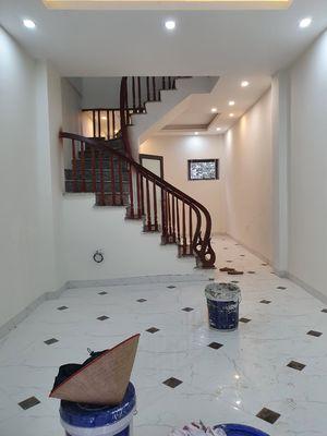 Nhà 3T*30m2 mới đẹp tại Đồng nhân giá CoVy