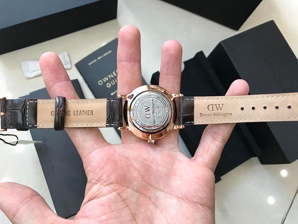 0777029780 - đồng hồ dw chính hãng