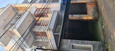 Nhà 2 lầu một trệt có sân thượng 4p ngủ 3wc