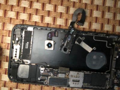 Máy hỏng pass lại cam trước sau iphone 7g.