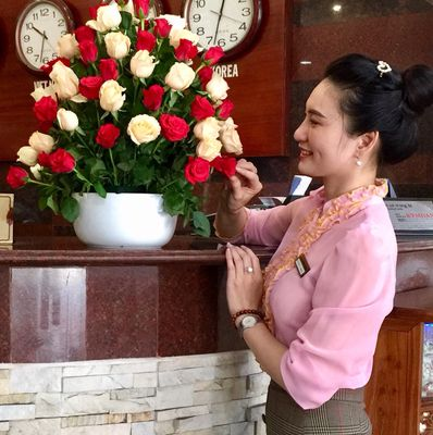 Hệ Thống Khách Sạn Đông Đô Tuyển Nhân Viên Lễ Tân