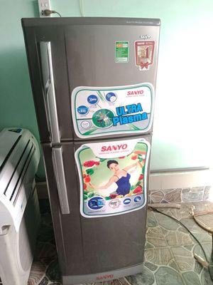 Thanh lý tủ lạnh Sanoy 205l