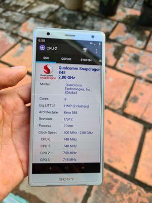 Sony Xperia XZ3 Trắng