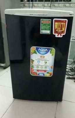 Tủ lạnh sanyo Aqua mini 93L .