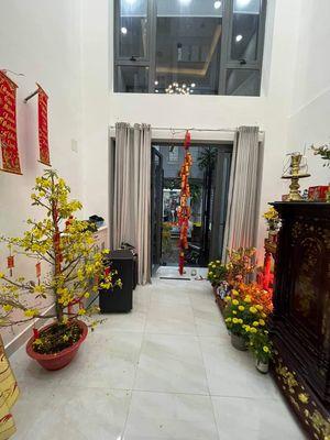 Nhà Nguyễn Thiện Thuật, Q3 - Mới xây vào ở liền