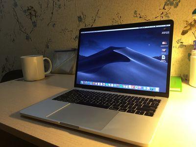 Bán Macbook Pro 13 inch 2017 mới mua hơn tháng