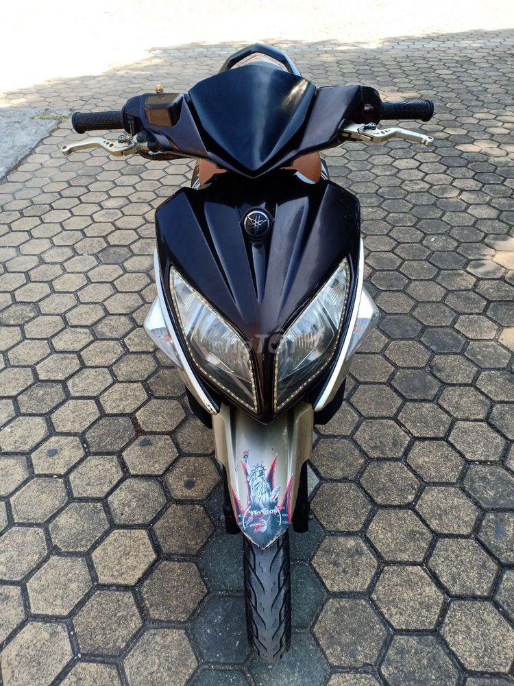 Yamaha Nouvo LX 135 máy êm chạy bốc đẹp 95%
