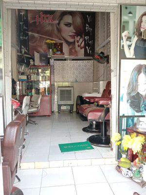 Sang tiệm tóc giá rẻ