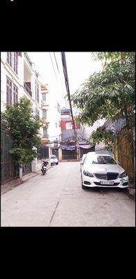 Đất ngõ 640 Nguyễn Văn Cừ 55m2 -mt 4,5m, ô tô đỗ