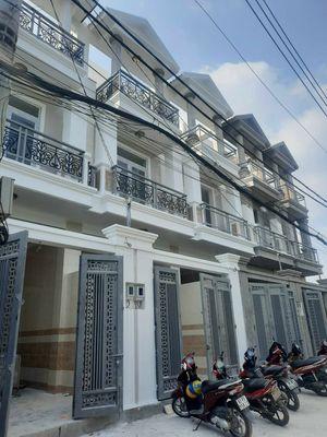 Nhà mới 100% gần cầu Bình Phước, Thủ Đức. DT 64m2