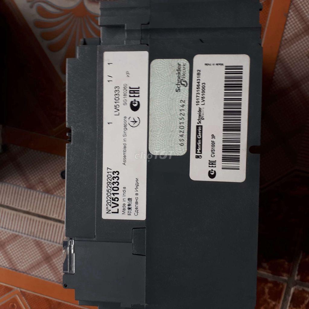 0989624315 - Aptomat 3 pha schneider mới nguyên hộp