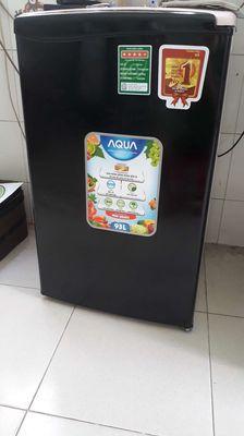 Tủ lạnh mini sanyo Aqua 90L .làm lạnh nhanh