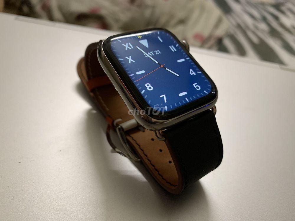 Tui bán Apple watch 4 thép silver 44mm likenew