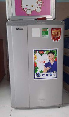 Cần thanh lý tủ lạnh mini AQUA 90lit