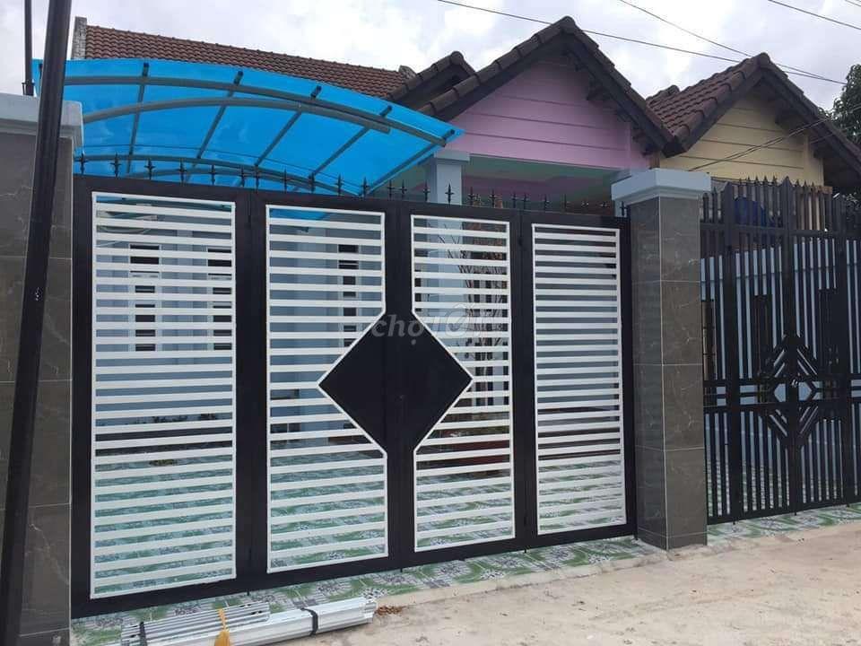 Biệt thự mái thái 143m2 full nội thất, Phú Đông