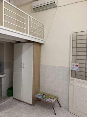 Phòng đầy đủ nội thất đường CỘNG HOÀ giá 2,7tr