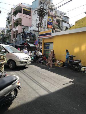 Nhà MT Nguyễn Hiền- P.4- Q.3, trệt, 3 lầu (35m2)