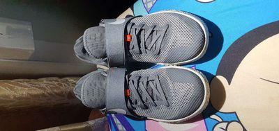 Nike zoom live chuẩn auth, size 42.5, mới keng