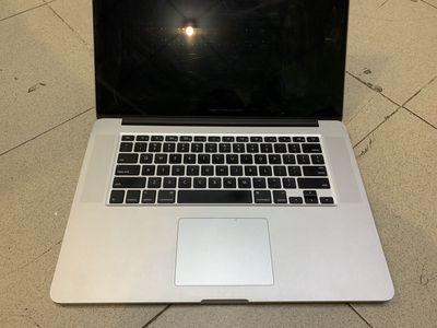 Macbook Pro 15 Retina i7 8gb/256gb nguyên zin