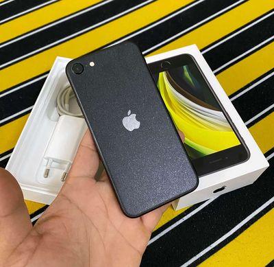 Iphone SE2 64g hàng VN Tgdđ còn bh 11th