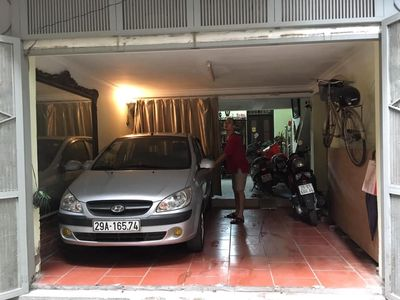CầnBán nhà ô tô vào nhàt phố thái hà DT59m2x5