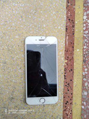 Apple iPhone 6 Bạc 16 GB