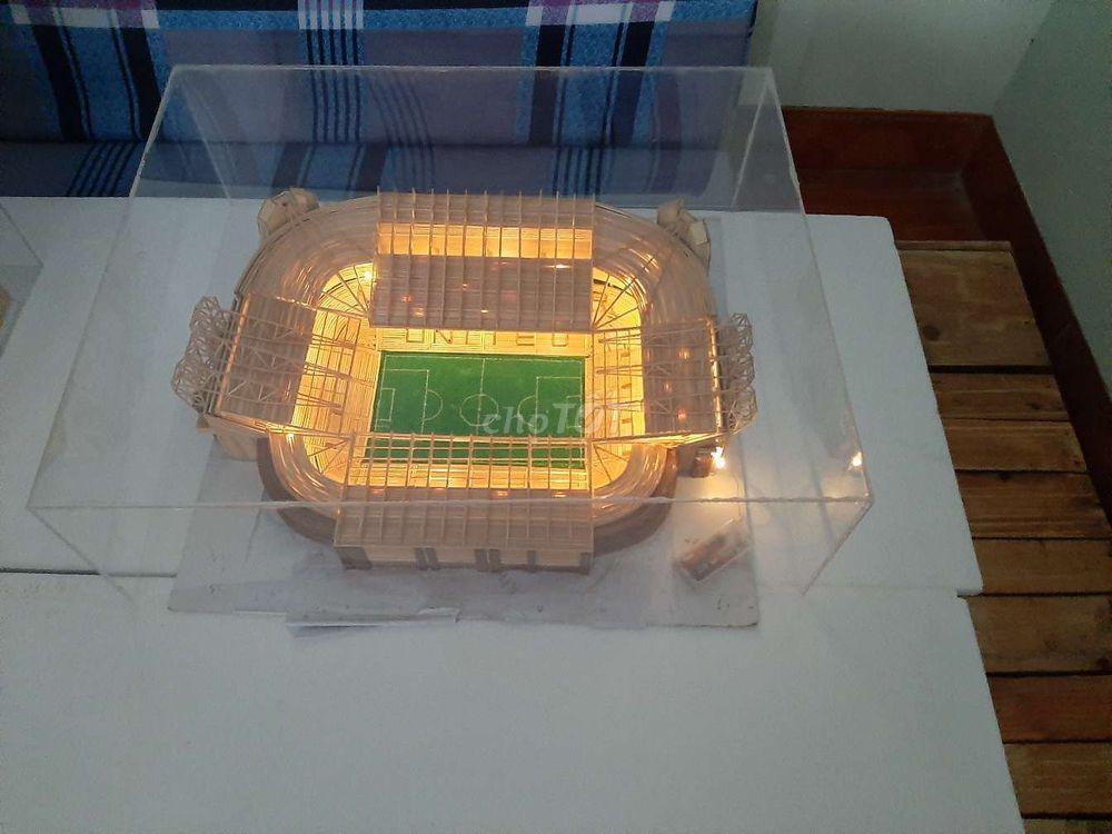 Mô hình sân Manchester united