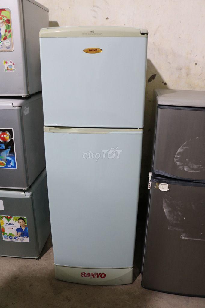 0772489723 - tủ lạnh sanyo 200lit màu trắng, bao ship, bảo hành