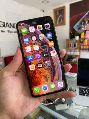 iPhone XS Max. 64gb. Gold. Lock