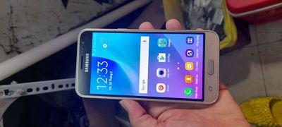 Samsung Galaxy J3 Vàng  1.5 ram    8 GB