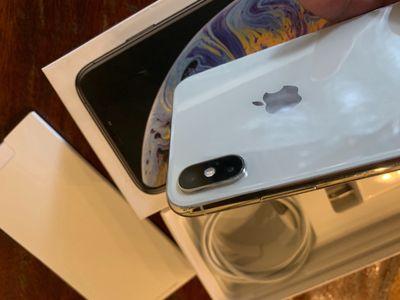iPhone X 256GB trắng Silver QTE CBH Đến 12/2020