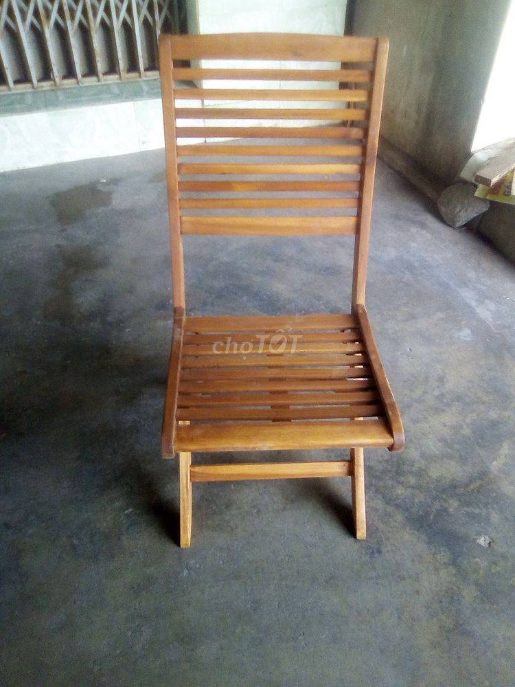Dư cần bán hơn 100 cái ghế giá rẻ, mới
