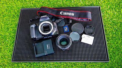 Nguyên bộ máy ảnh Canon Kiss X4 made in Japan 90%