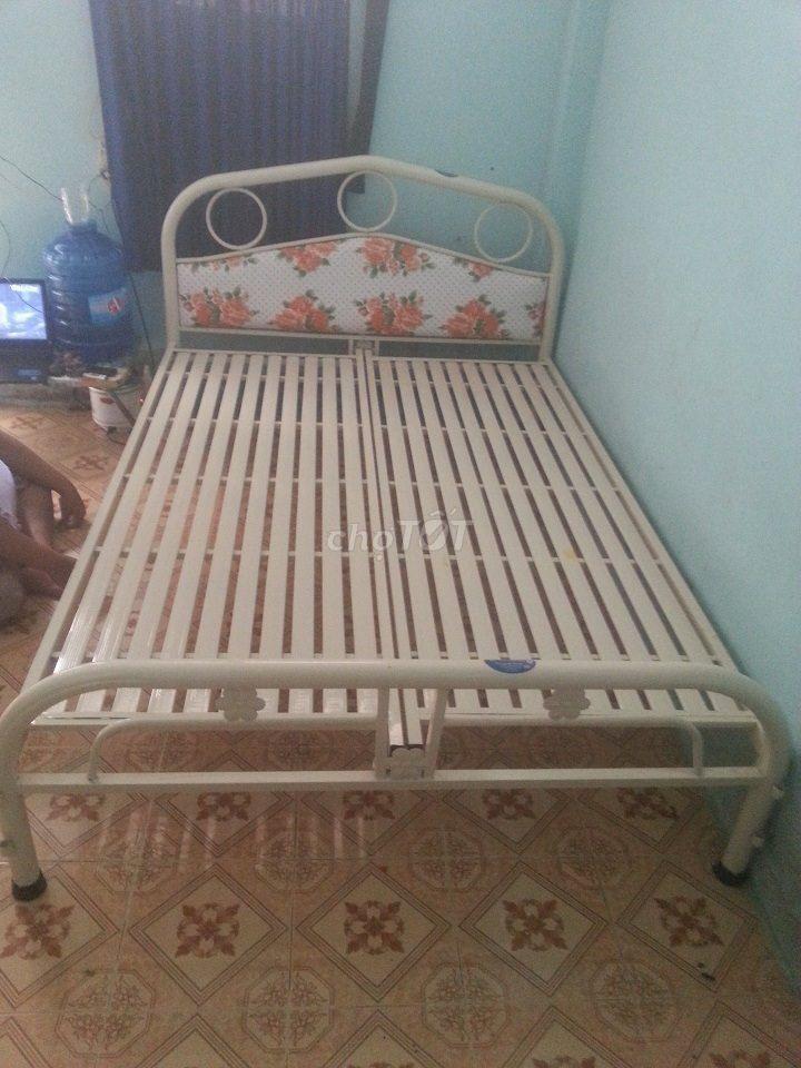 giường sắt mẫu mới, tháo ráp (mới 100%) FS