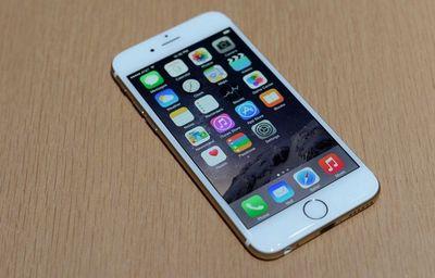 iPhone 6pus mới mau vàng mới khoang 80%