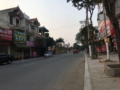 Nhà 82m2mặt Phố Hồ, Thuận Thành, đầu tư, KD đỉnh.