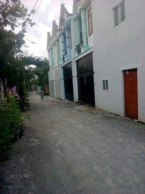 Bán nhà ngay trung tâm chợ Tân Phước Khánh