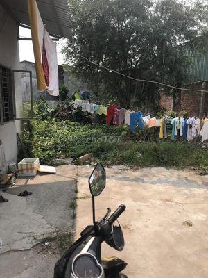 Cho thuê đất gồm 3 phòng trọ gần KCN Hiệp Phước