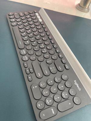 Bàn phím Bluetooth K780 logitech 1tr