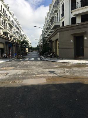 Đầu tư nhà phố Sông Hồng, Làn nội bộ 10m, Giá hời!