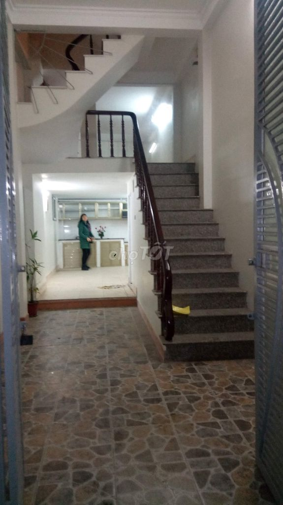 Nhà Trần Khánh Chân 37m2 mặt tiền 5m, 2 mặt thoáng