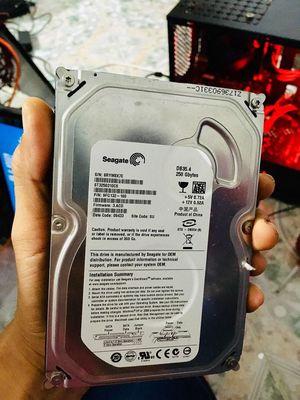 Máy tính PC(Intel Pentium-G2030/4Gb/250Gb/VGA)-VD