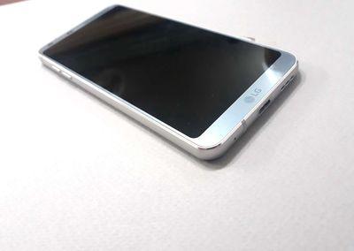 Đăng bán LG G6 màu bạc #32 nguyên zin bao chức năg