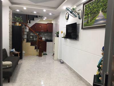 4 lầu,3 phòng ngủ.Hoàng Văn Thụ,Phú Nhuận.