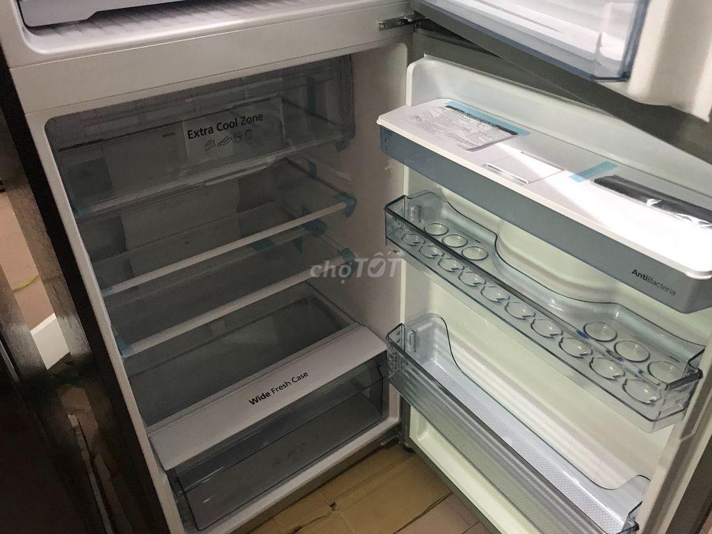 0903845892 - Tủ lạnh panasonic 326 láy nước ngoài 2019 new seal