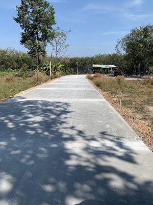Chính Chủ cần bán lô đất đường Bê Tông 6m thông